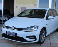 Volkswagen Golf 7.5 1.6 tdi 115cv R-LINE edition Fari e Stop Full Led-Quadro digitale